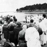 Крещение. Лето 1991 года. Молодёжный хор участвует в богослужении