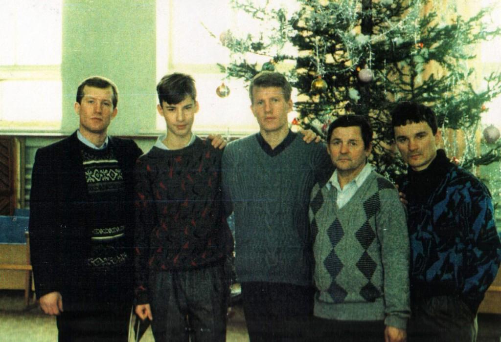 1994 г. Рождество. Зайцев Геннадий, Шахов Евгений, Зайцев Виктор, Григорьев Владимир, Дудкин Виктор